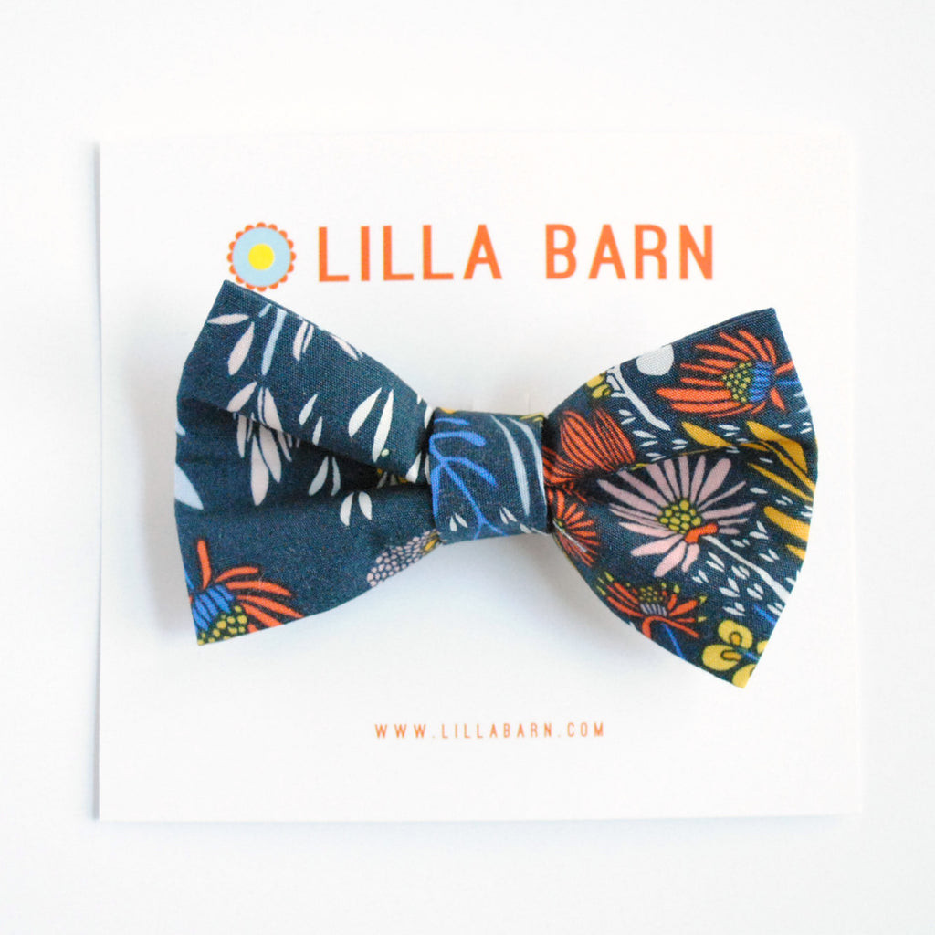 Medium Bow Tie/Hair Bow - Flora