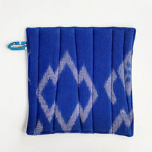 Load image into Gallery viewer, Pot Holder - Aquamarine
