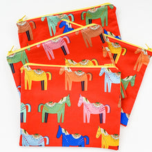 Load image into Gallery viewer, Zipper Pouch - Dala Horses