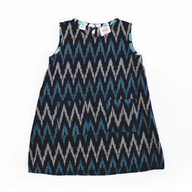 Lilla Barn Clothing | Blue Ikat Dress| Size 4T | Pockets