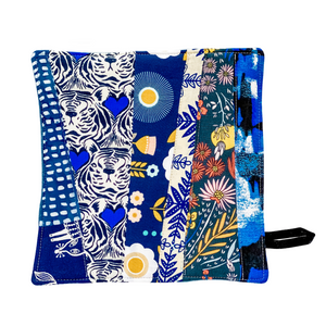 quilted pot holder with blue fabric