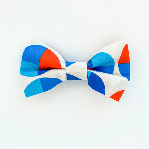 Medium Bow Clip - Swedish Art