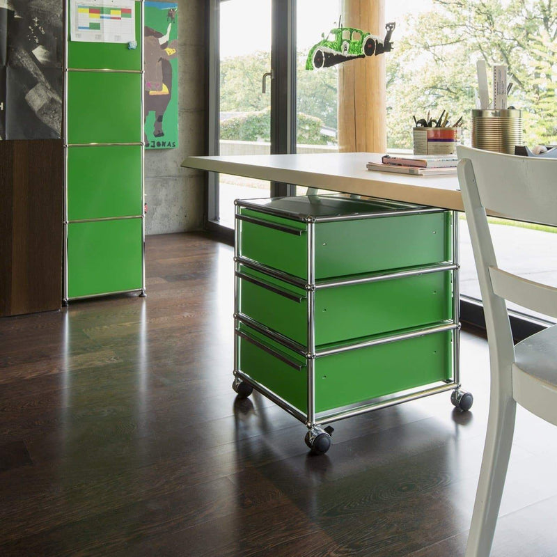 USM Mobile pedestal with three A6 drawers, with counterweight and casters