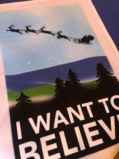I WANT TO BELIEVE small fleece blanket