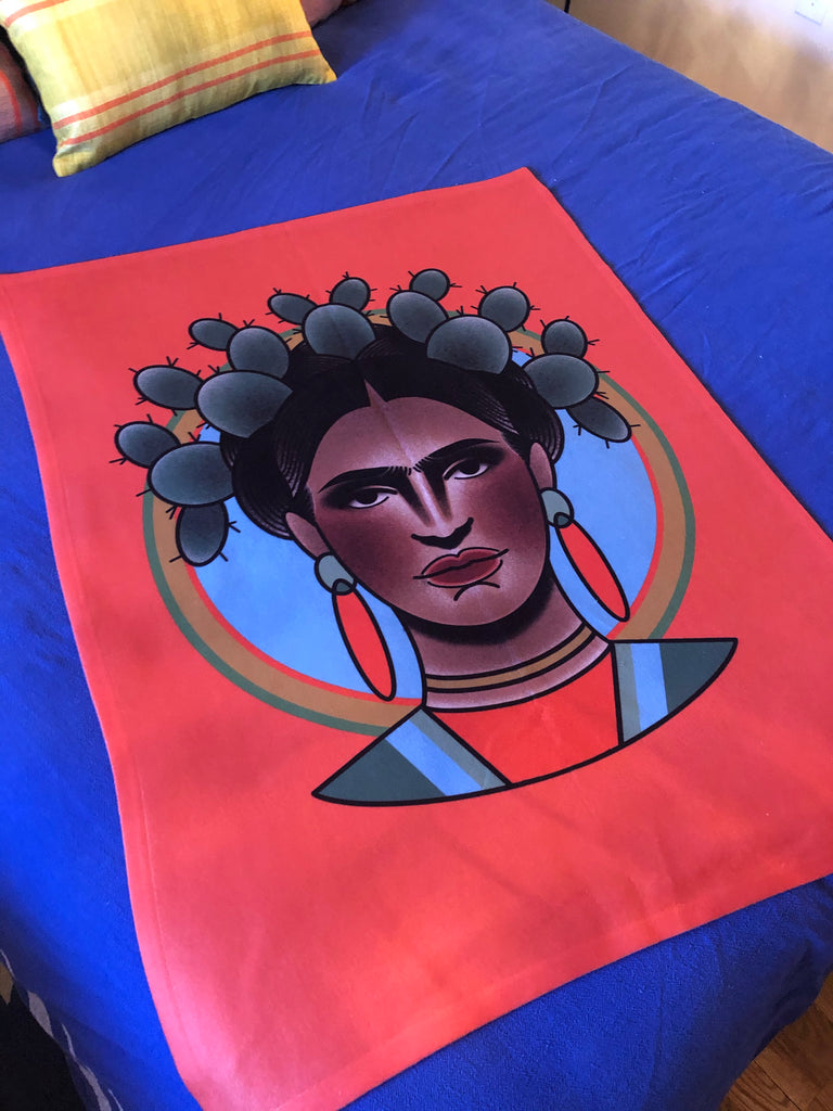 FRIDA small fleece blanket