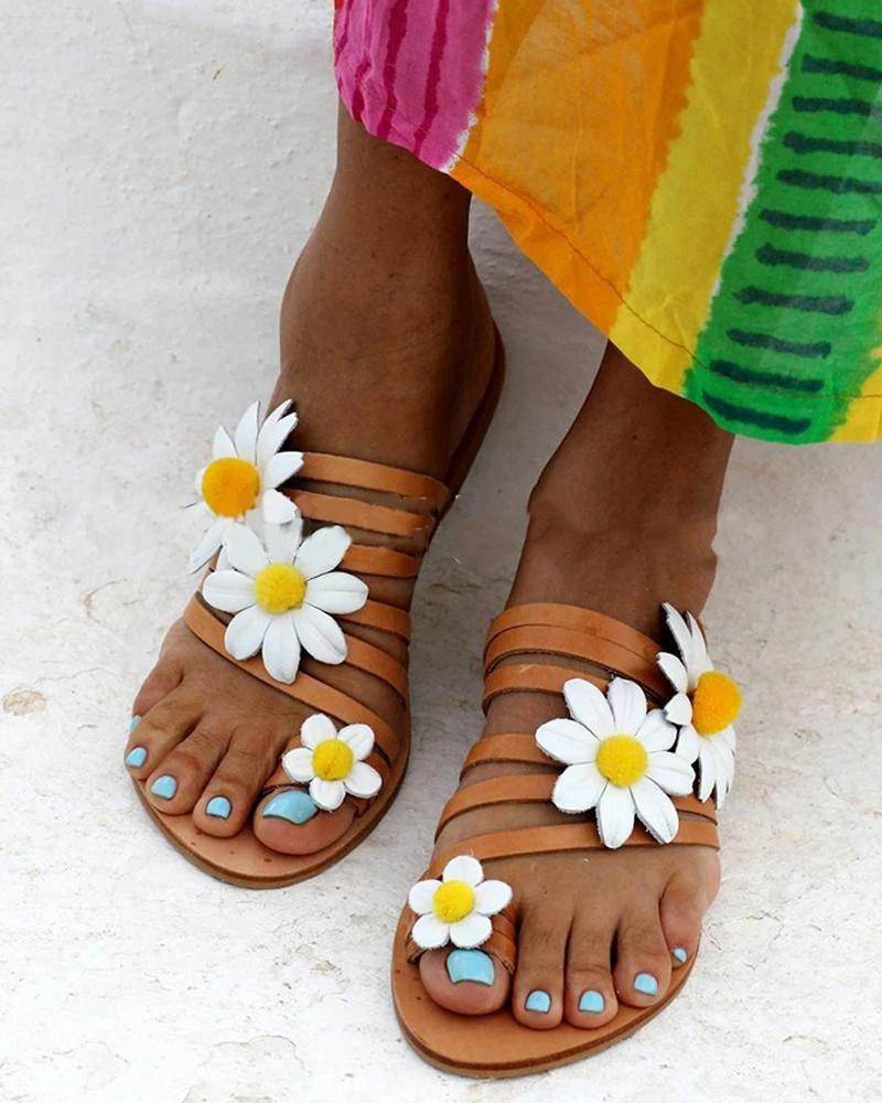Vieley Small Daisies Embellished Toe Ring Strappy Beach Slides