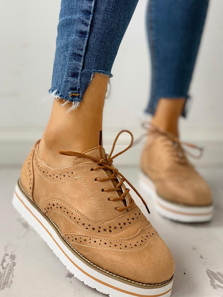 Vieley Casual Round Toe Flatform Shoes Hollow Out Wingtip