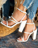 Vieley Strap Buckled Heels Chunky Heeled Sandals