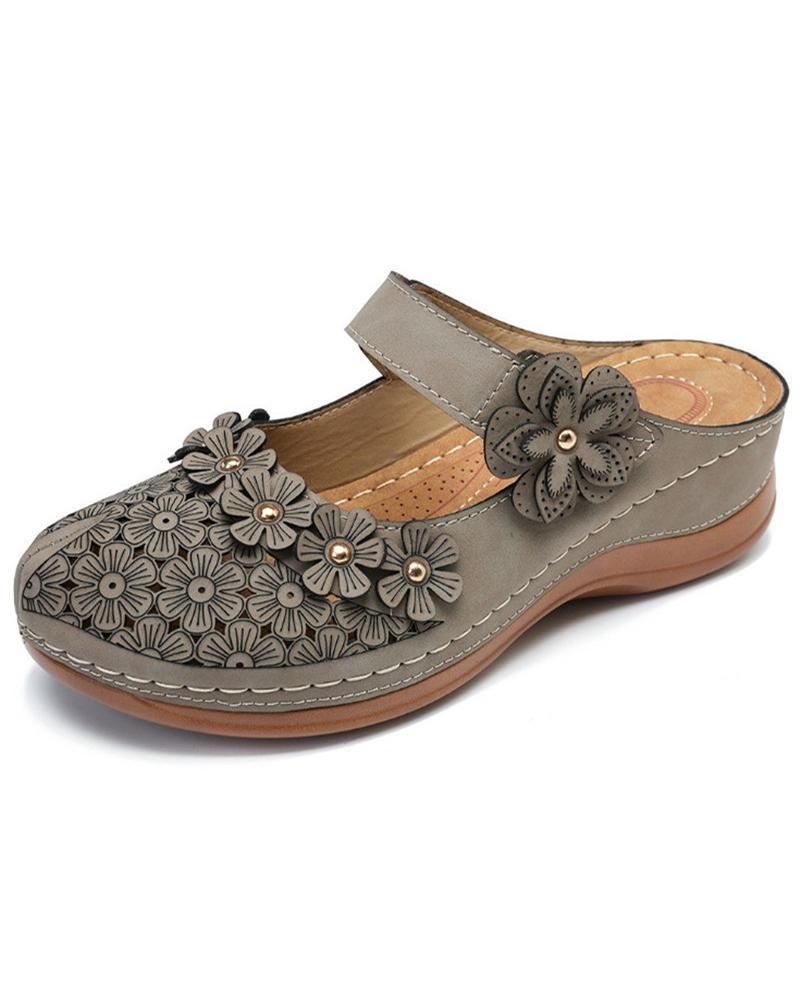 Vieley Womens Perforated Floral Closed Toe Wedge Slide Sandals