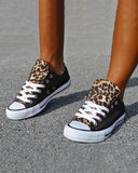 Vieley Leopard Printed Canvas Sneakers