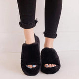 Vieley Womens Fuzzy Open Toe Slippers Flip Flops