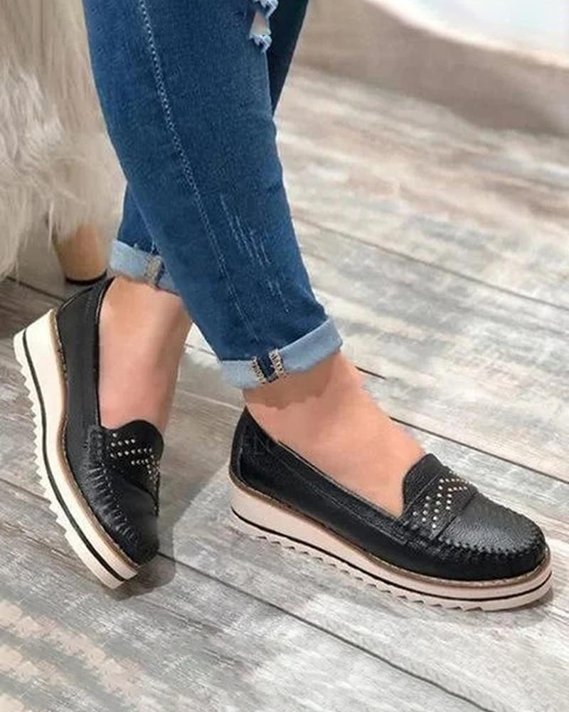 Vieley Round Toe Slip on Flats Breathable Comfy Loafers