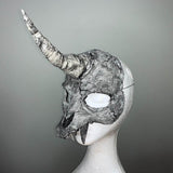 Unicorn skull mask Black & White