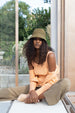 COLORANT RAFFIA BUCKET HAT |  OLIVE