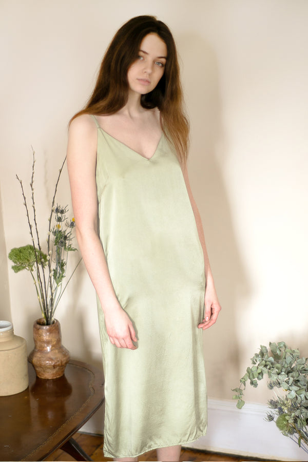 COLORANT SLIP DRESS DRESS | MINT