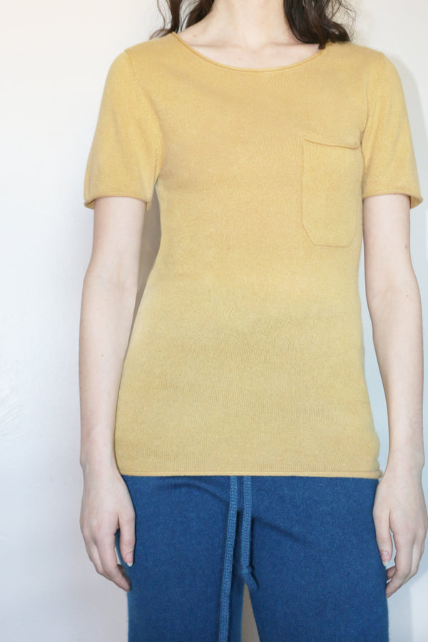 COLORANT CASHMERE POCKET TEE | GOLD