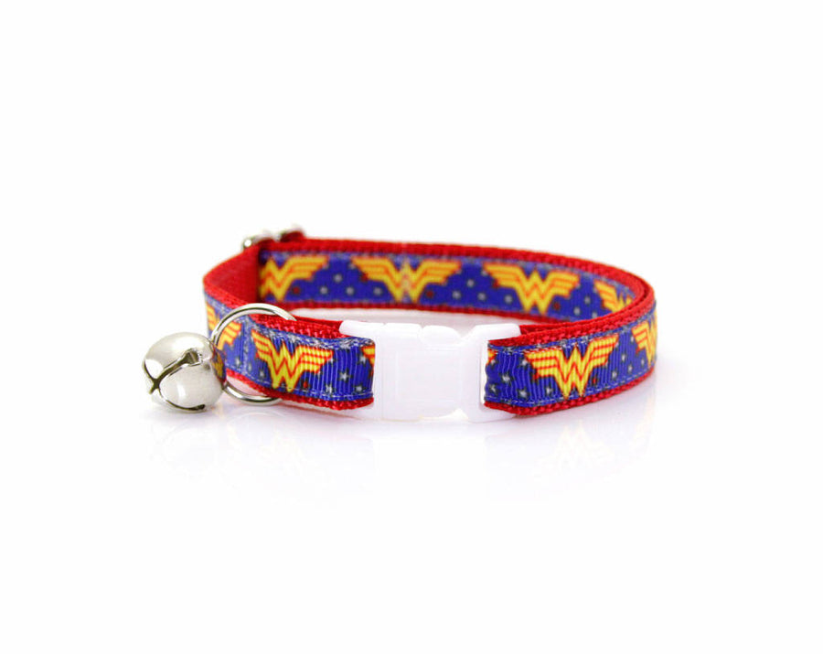 "Superhero Cat Collar with Flower Set - ""Wonder Woman"" - DC Comics Diana Cat Collar with Scarlet Red Flower/Cat, Kitten & Small Dog Sizes"