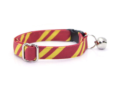 "Cat Collar + Flower Set - ""Wizarding School / Scarlet"" - Harry Potter-Inspired Cat Collar w /  ""Burgundy"" Flower (Detachable)"