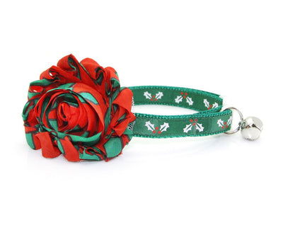 "Cat Collar - ""Holly Jolly Green"" - Christmas Holly on Green - Breakaway Buckle or Non-Breakaway / Cat, Kitten + Small Dog Sizes"