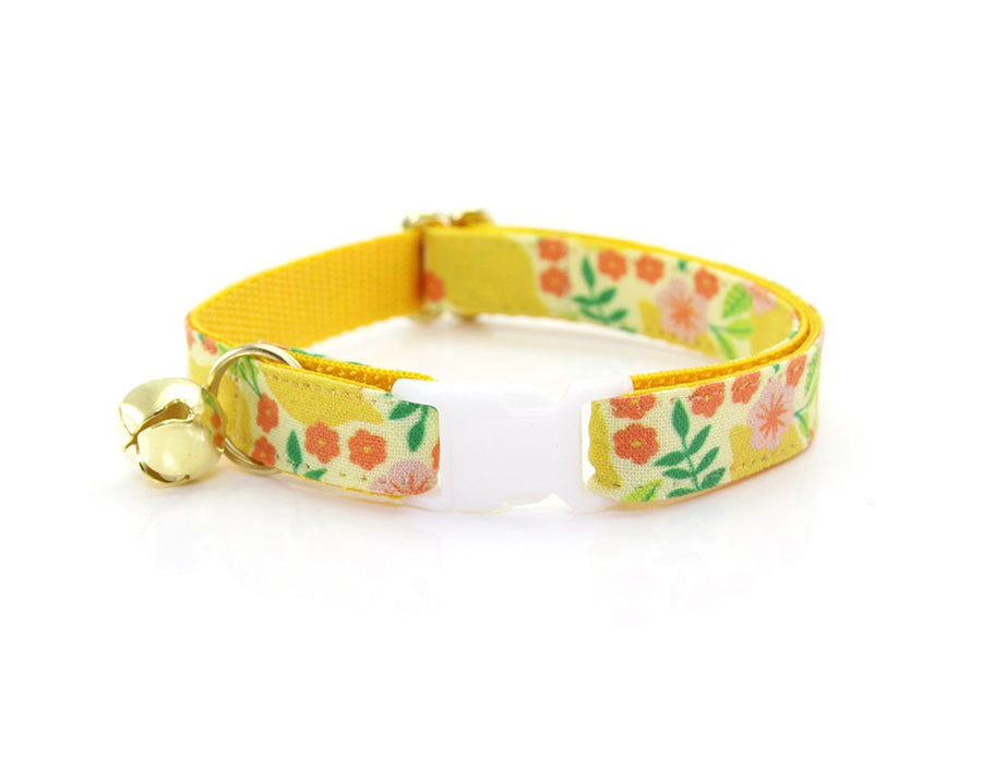 "Cat Collar + Flower Set - ""Lemon Trees - Yellow"" Botanical Cat Collar w/ ""Coral Pink"" Flower (Detachable)"