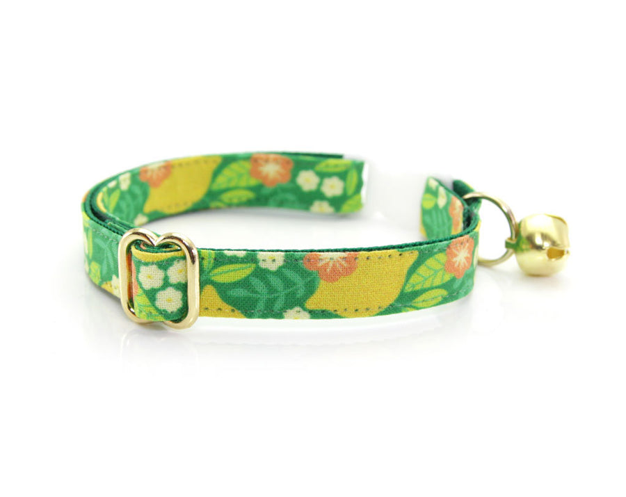 "Cat Collar + Flower Set - ""Lemon Trees - Green"" Botanical Cat Collar w/ ""Buttercup"" Flower (Detachable)"
