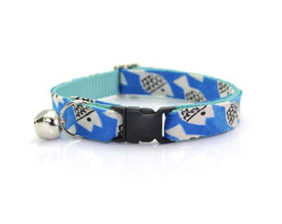 "Cat Collar + Flower Set - ""Under the Sea"" - Blue Fish Cat Collar w/ ""Mint"" Flower (Detachable)"