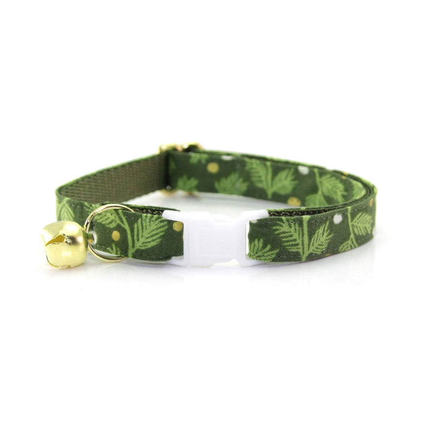 "Holiday Cat Collar - ""Winter Garland - Forest"" - Green Mistletoe Cat Collar - Breakaway Buckle or Non-Breakaway / Cat, Kitten + Small Dog Sizes"