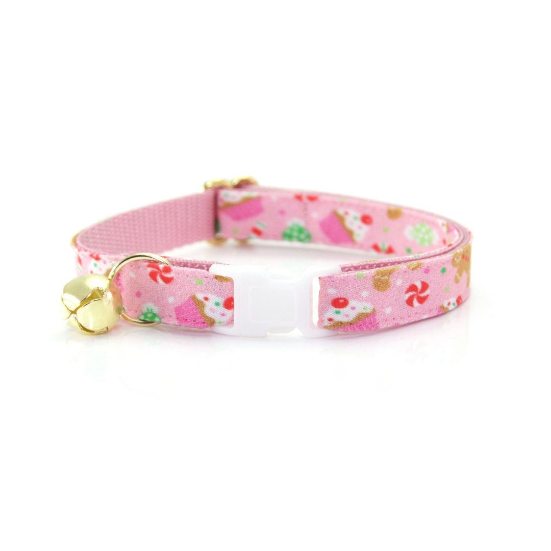 MADE IN USA Dog Collar attachment Bow Bowtie Holiday Christmas Holly Berries
