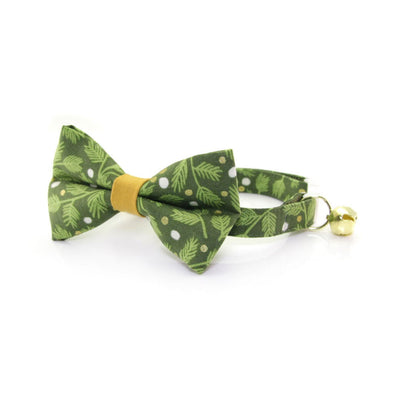 "Bow Tie Cat Collar Set - ""Winter Garland - Forest"" - Green Mistletoe Cat Collar w/ Matching Bowtie (Removable)"