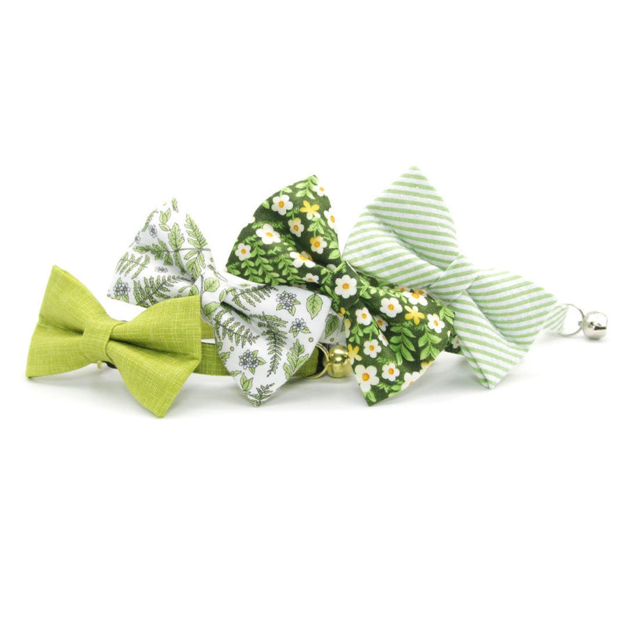 "Pet Bow Tie - ""Hazel"" - Green Floral Bow Tie for Cat / Plant, Garden, Spring, Summer / For Cats + Small Dogs (One Size)"