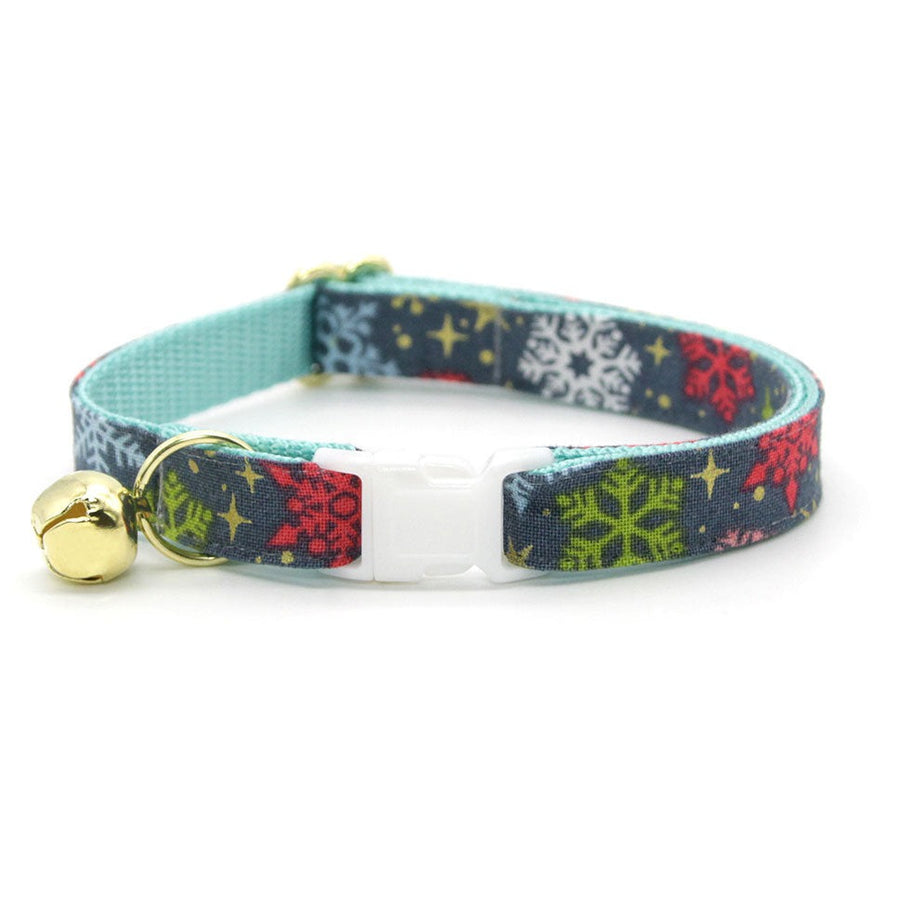 "Winter Cat Collar - ""Merry Snowflakes"" - Snowflakes & Stars Cat Collar - Breakaway Buckle or Non-Breakaway / Cat, Kitten + Small Dog Sizes"