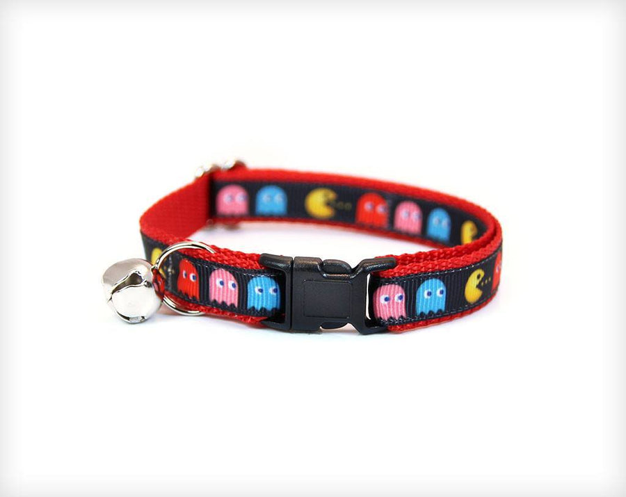 "Pet Collar - Cat Collar - ""8-Bit Hero"" - Pac-Man Devouring Ghosts On Red"