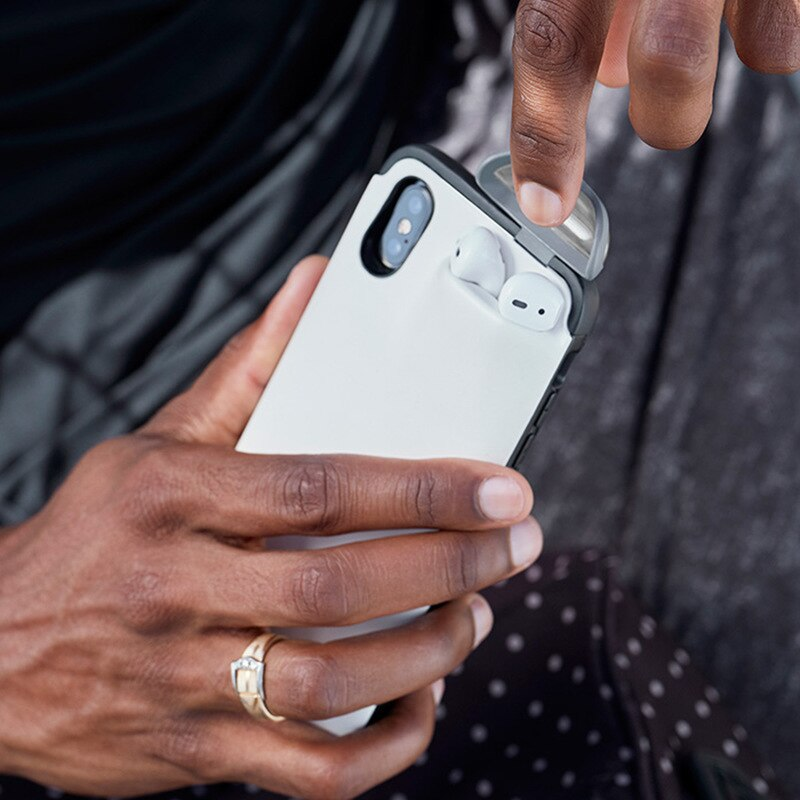 iPhone Case & Airpods - 2 in 1