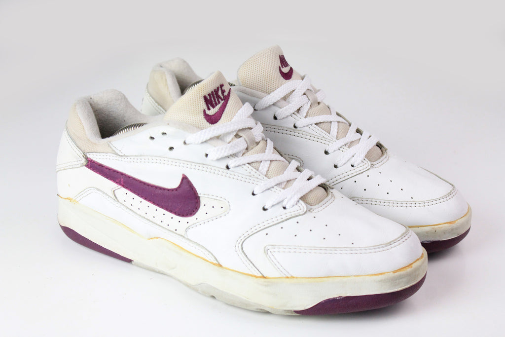 Vintage Nike Sneakers US 9 white leather purple 90s tennis trainers