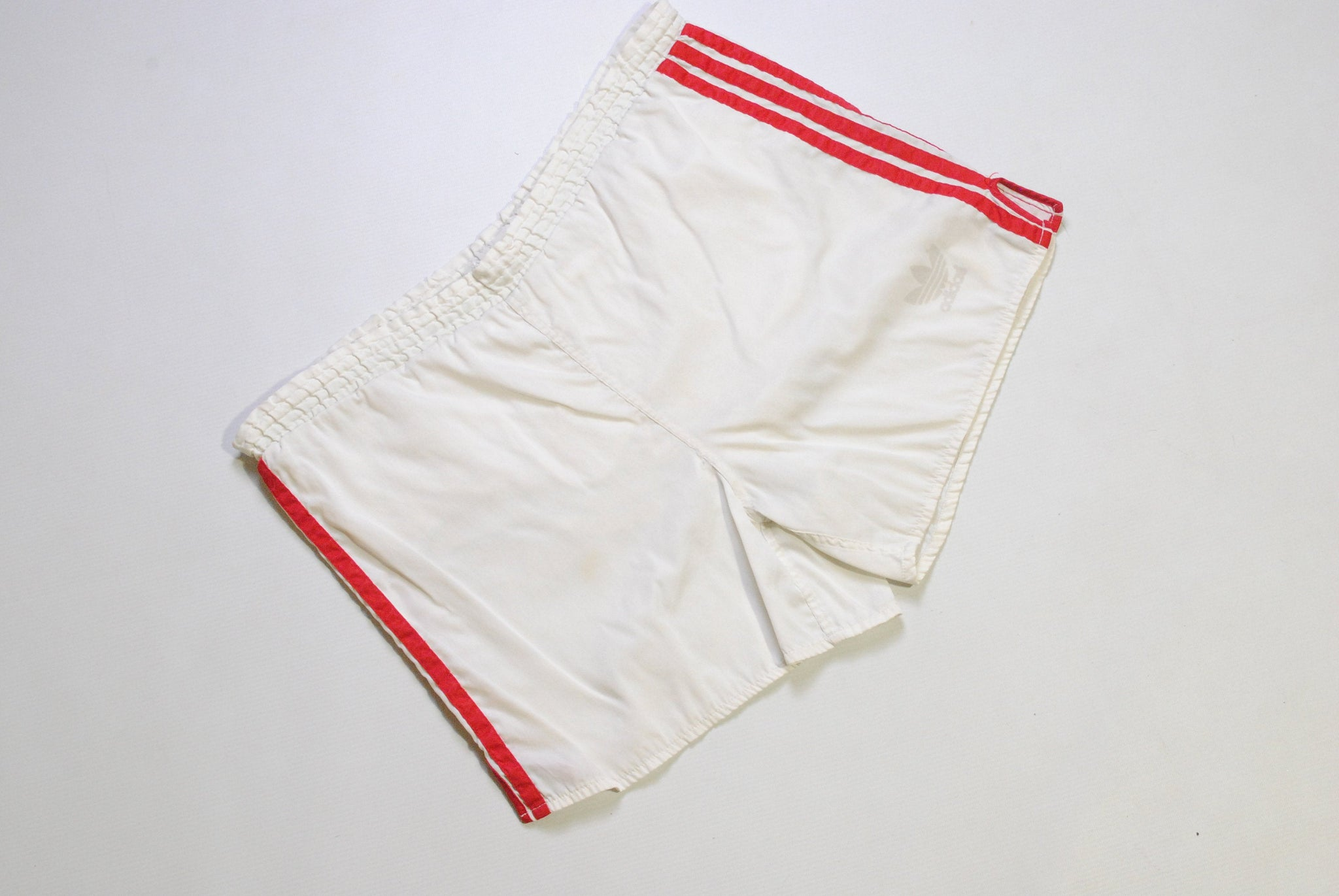 vintage ADIDAS ORIGINALS track shorts SIZE M white/red brand three strips authentic 80s suit sport Germany style activewear summer athletic
