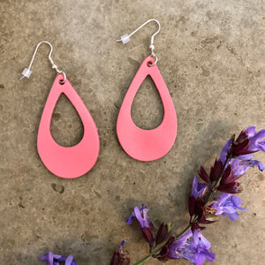 Tear Drop Loop Leather Earrings