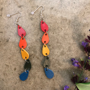 Rainbow 5 Teardrop Dangle Leather Earrings