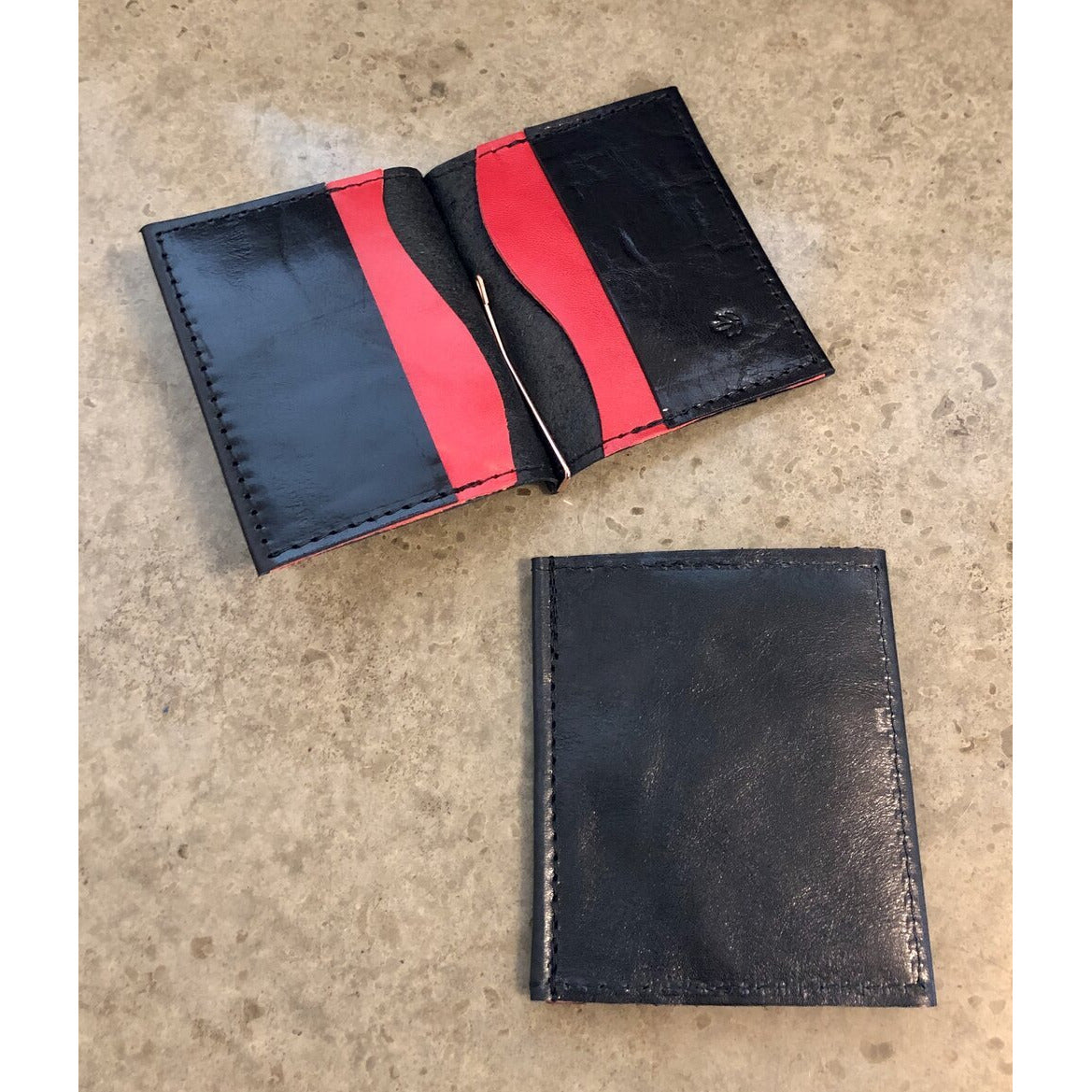 Leather Money Clip Wallet, black with red pockets
