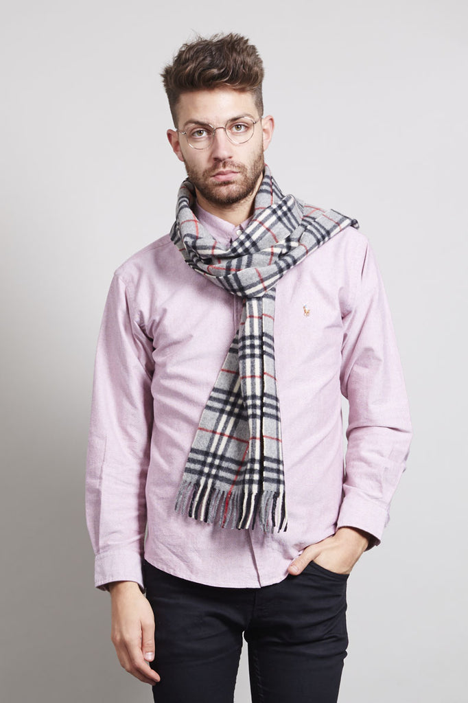 Classic grey virgin wool Burberry scarf
