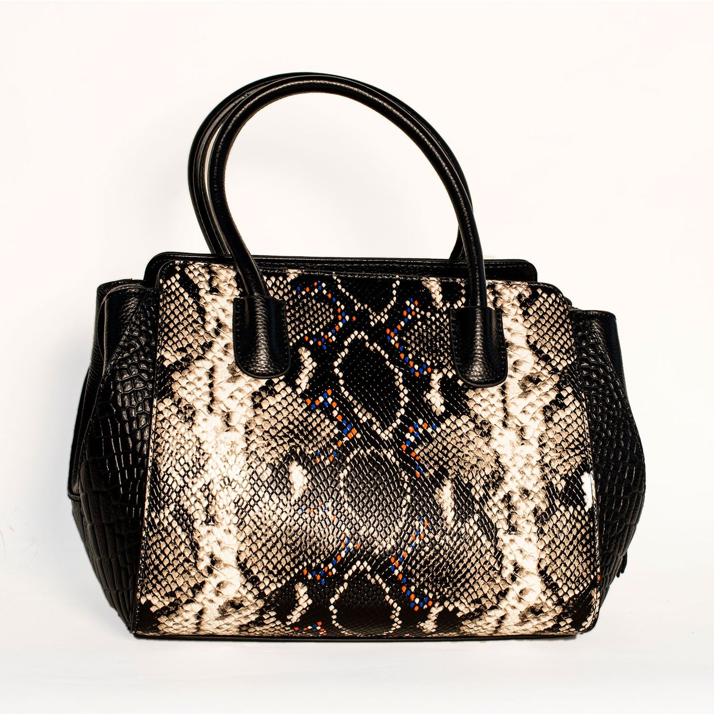 TRENDY WOMEN TOTE BAG WITH BLACK  WHITE SNAKE PRINT SPOTS