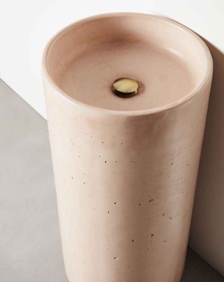 Load image into Gallery viewer, COMO FREESTANDING CONCRETE BASIN DUSTY PINK DETAIL CLOSE UP