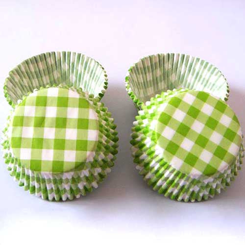 Set of 20 Greaseproof Green Gingham Checks Cupcake Wrappers Liners