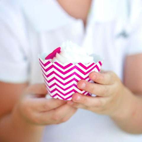 Pack of 12 Skinny Chevron Hot Pink/White Cupcake Wrappers with Scallop Edge