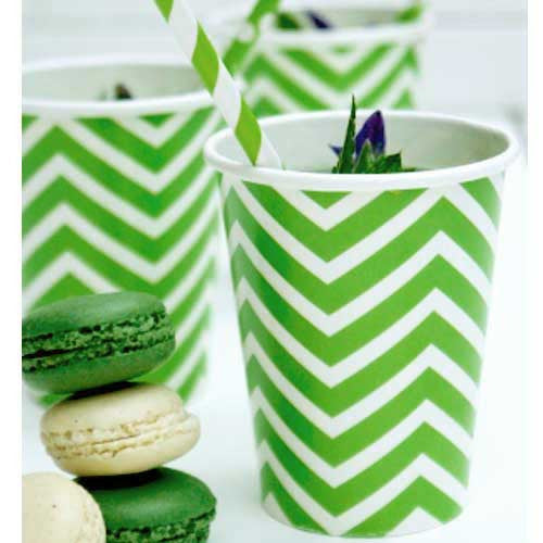 Chevron Green Pack of 12 Party Beverage Cups 9oz (250ml)