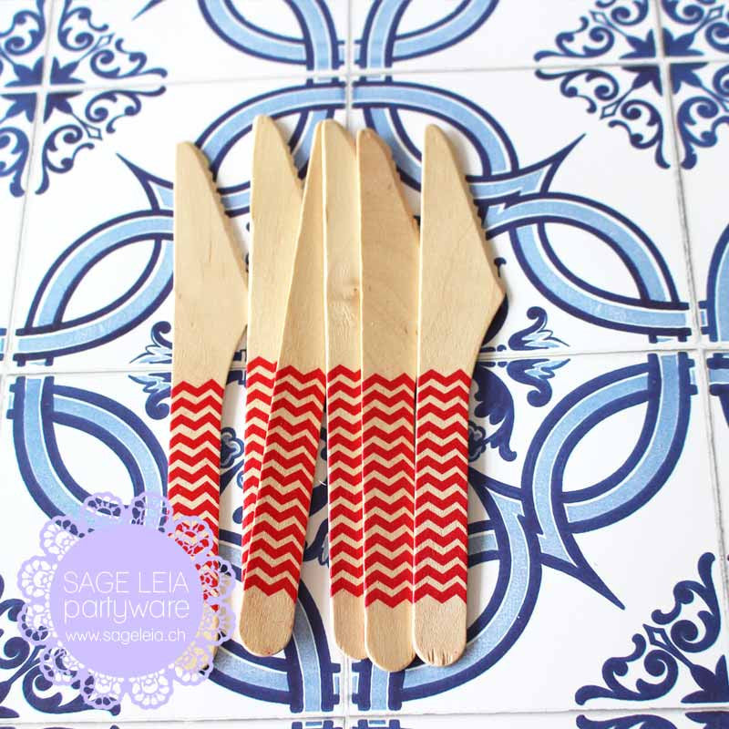 Set of 6 Chevron Red Wooden Cutlery Knives