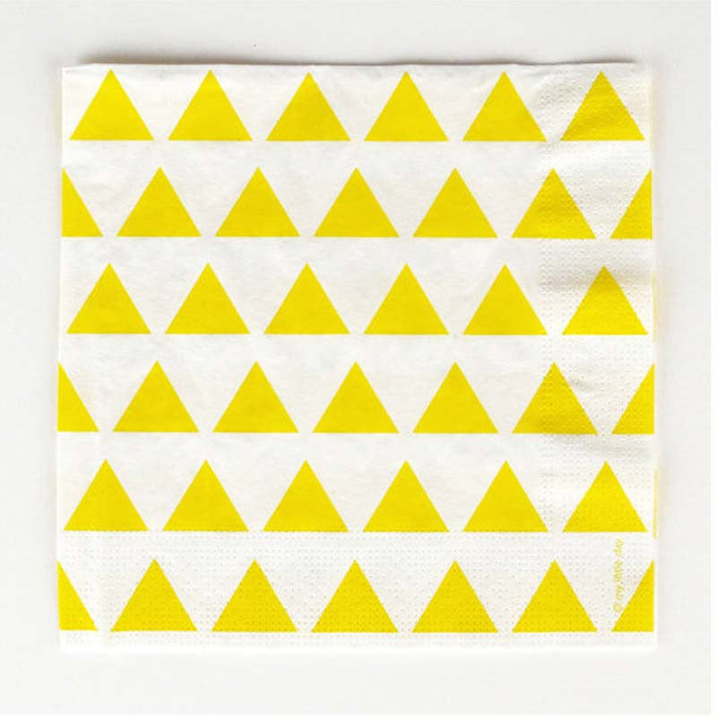 Pack of 20 Sunny Yellow Triangles Print Pattern Party Napkins