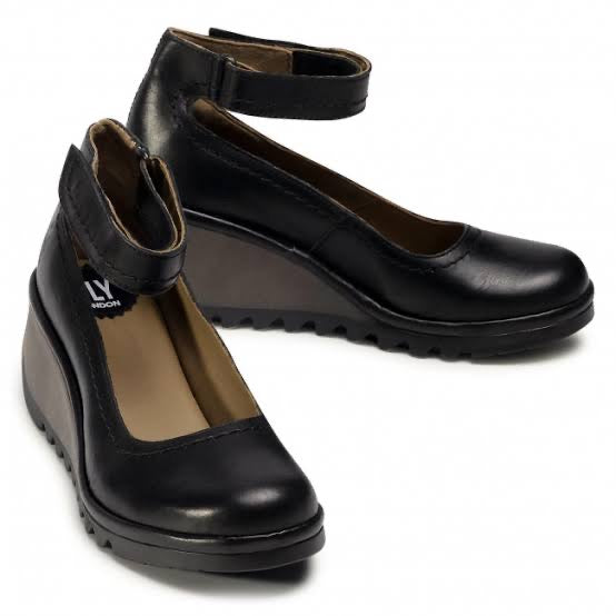 Fly London NAME leather wedges Black