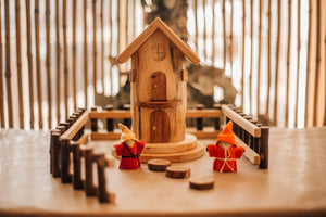 Gnome Play House by Qtoys