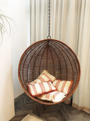 Cushion Stripes White Fringe