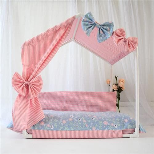 Chihuahua Canopy Bed - Chihuahua We Love